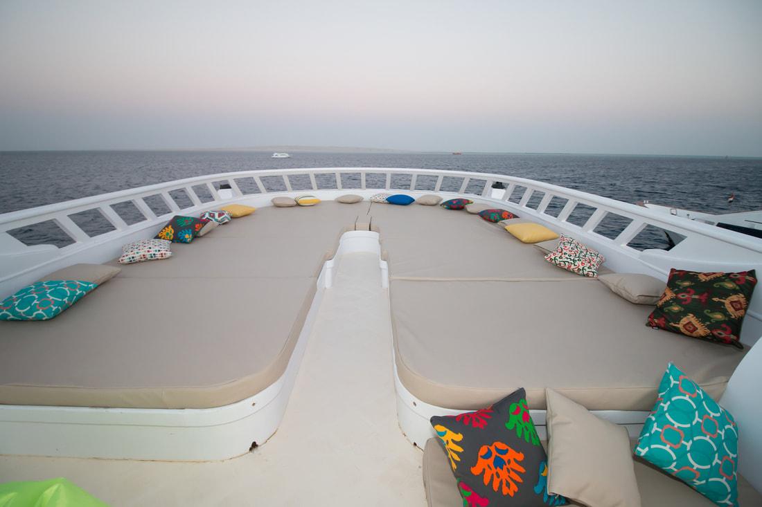 dive pr -red-sea-live-aboard-sun-deck-hammerhead-safari-002_orig