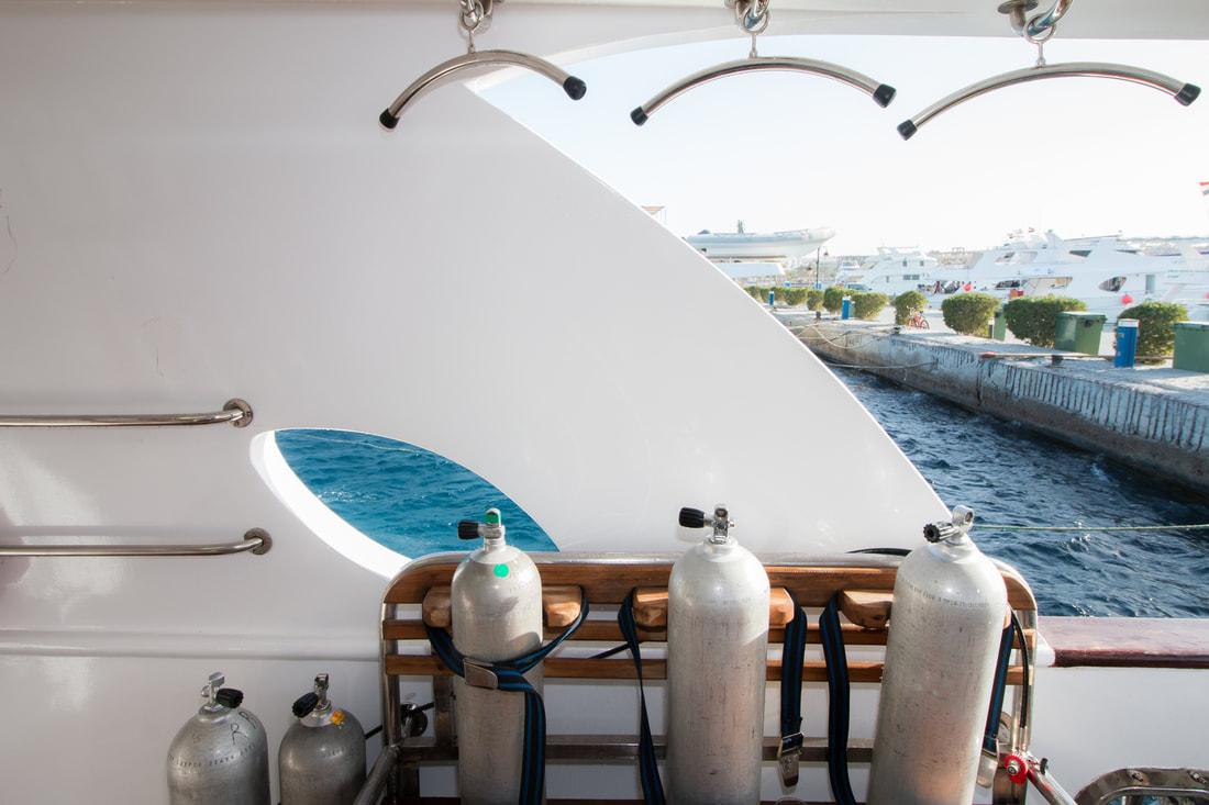 dive pro- red-sea-scuba-divnig-gear-deck004_orig