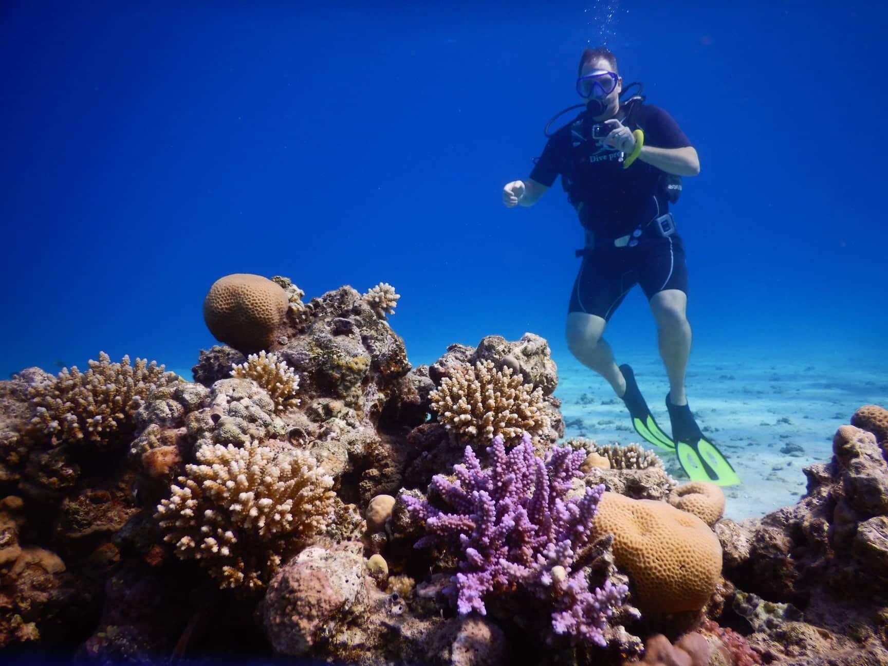 Egypt-REDSEA-Hurghada-DivePro-Academy-Scuba-Diving-Center-Coral-Reef-Scuba-Diver-6