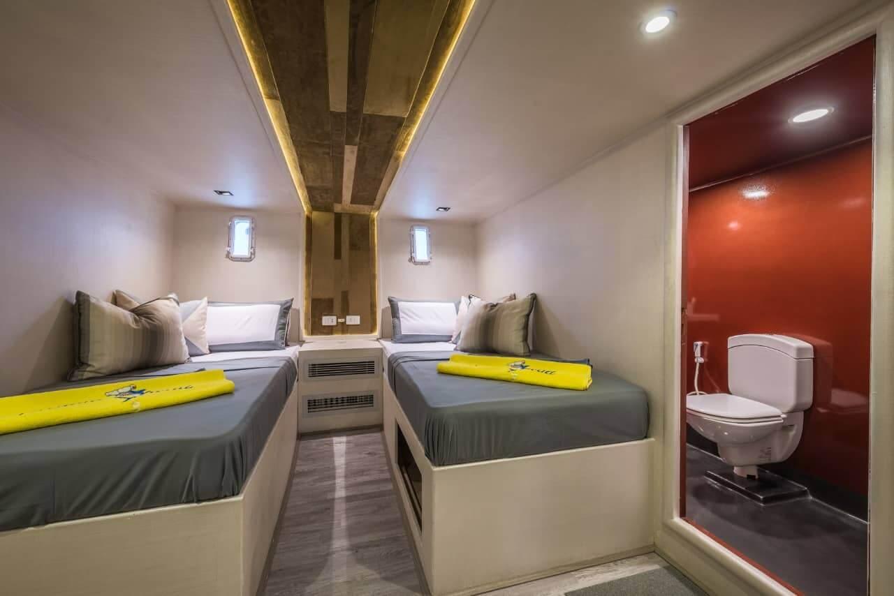 Egypt-REDSEA-Hurghada-DivePro-Academy-Scuba-Diving-Center-Safari-Boat-Bedroom-1